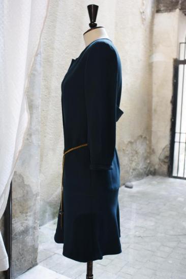 robe bleue à martingale